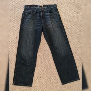Men's signature Levi Strauss relaxed fit jeans